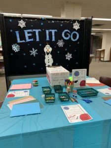 Card-making station at the Frozen-themed exam de-stress 'Unstudy Spot' at the GSIC.